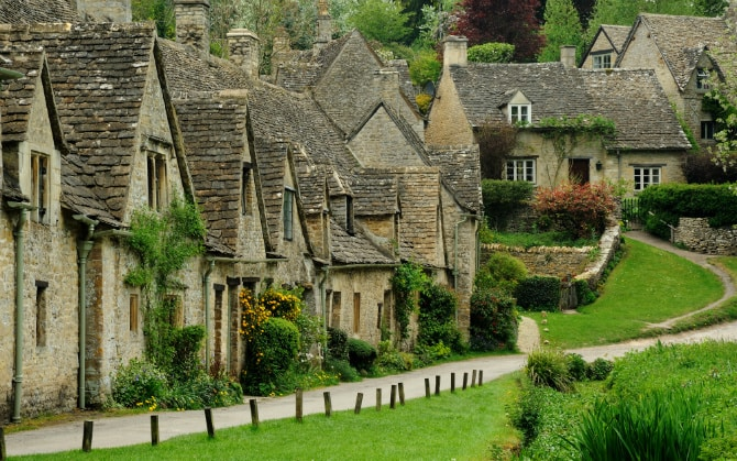 1511712114 8997 Bibury Top 10 Most Beautiful And Picturesque Villages In The World