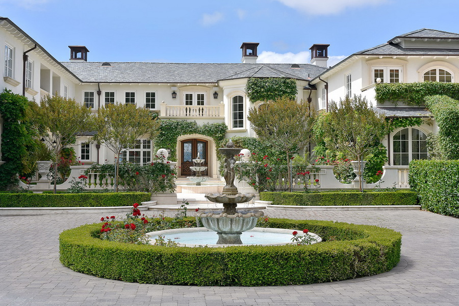 Serenity Estate Gorgeous Vineyard Country Home In The