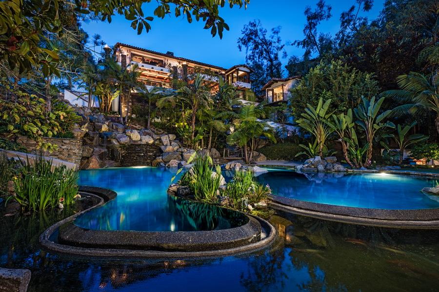 Coastal Resort Style Oasis Home In Del Mar | Contemporary Mediterranean  Design