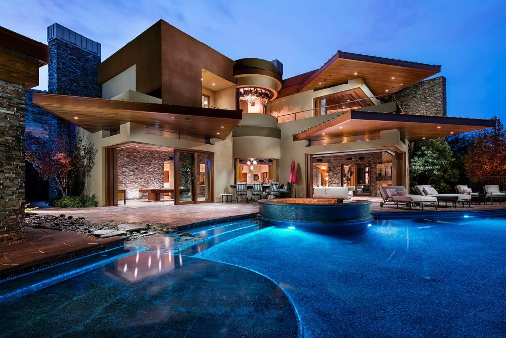 Amazing Contemporary and Futuristic Looking Home in Las Vegas ARCHITECTURE Contemporary Style Architecture Luxury Homes Tours VIDEOS