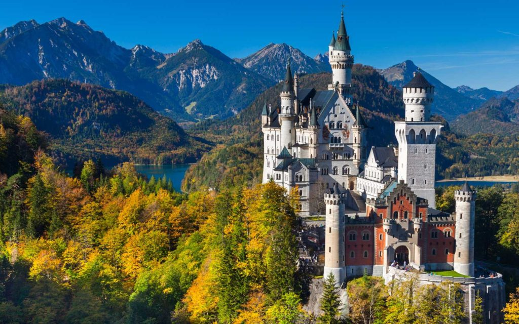 The Amazing History And Architecture Of Neuschwanstein Castle