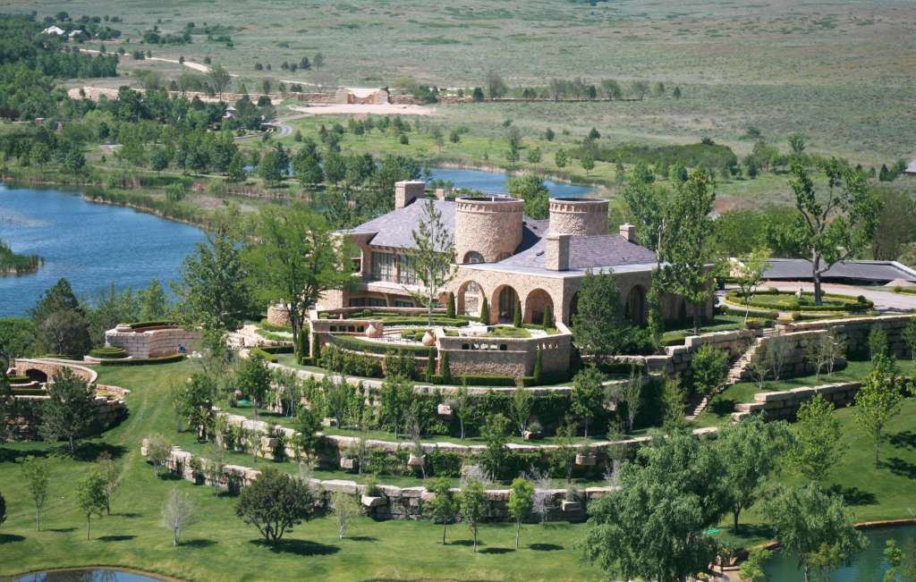 T boone pickens is selling his amazing ranch for a for Luxury ranch texas