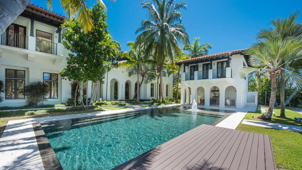 This Beautiful Modern Miami Beach Mansion Just Listed For