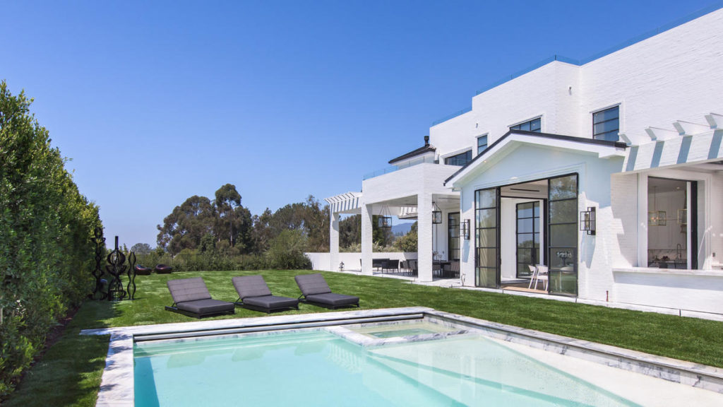 LeBron James buys a new home in Los Angeles for $23 million LUXURY REAL ESTATE NEWS