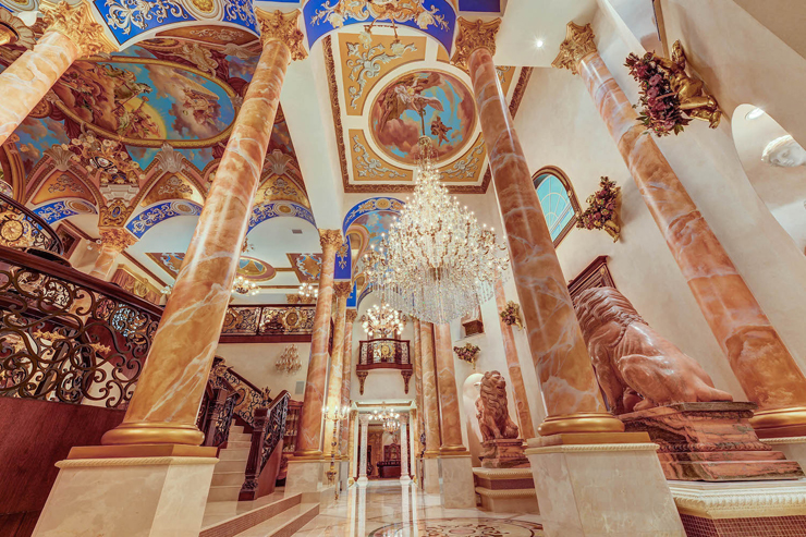 Court of Versailles | Florida Mansion Modeled After the Palace of Versailles ARCHITECTURE LUXURY HOMES Mediterranean Style Architecture Mega Mansions
