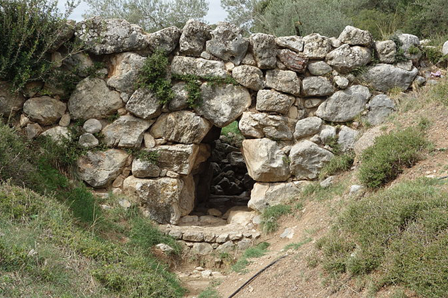 10 Ancient Bridges From Around The World That Are Still In Use Today History of Architecture