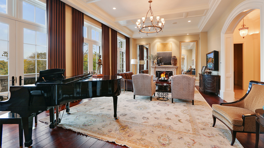 Lucious Lyon's Amazing Palatial Lakefront Mansion in Chicago LUXURY HOMES LUXURY REAL ESTATE NEWS